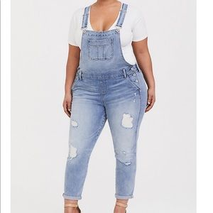 NWT torrid size 20 distressed overalls